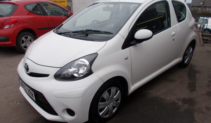 TOYOTA AYGO 1.0 ICE full