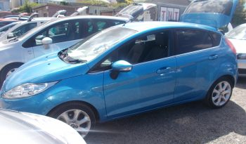 Ford Fiesta 1.6TDCi ( 95ps ) 2011MY Zetec full