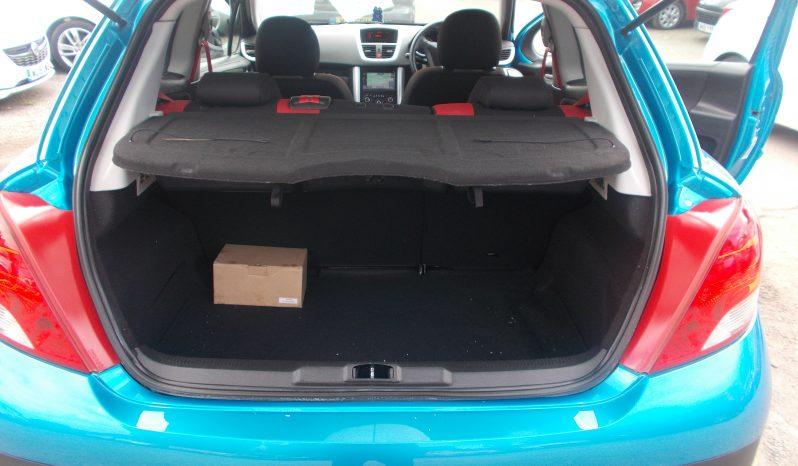 Peugeot 207 1.4HDi 70 Sportium full