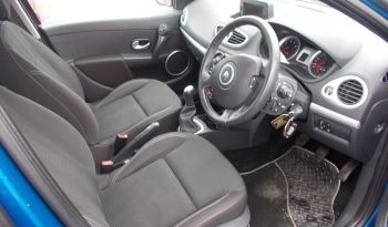 Renault Clio 1.2 16v 75 2009MY TomTom full