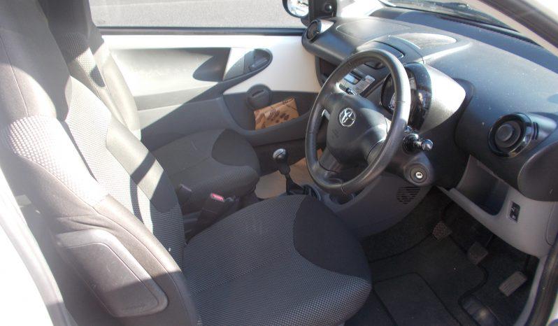 Toyota AYGO 1.0 VVT-i ( a/c ) 2010MY AYGO GO full