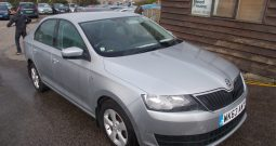 Skoda Rapid 1.2 TSI ( 86ps ) GreenTech SE