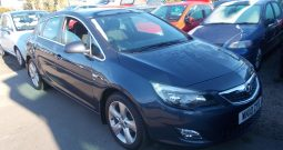 Vauxhall/Opel Astra 1.6 ( 115ps ) 2010MY SRi