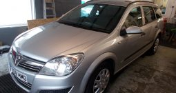 Vauxhall/Opel Astra 1.4 ESTATE LIFE, 5DR, H/B, SILVER MET, LOW MILES, VERY CLEAN EXAMPLE