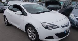 Vauxhall/Opel Astra GTC 1.4i 16v Turbo ( 140ps ) ( s/s ) 2012MY Sport, 3DR, H/B, WHITE, CORNISH, VERY CLEAN EXAMPLE