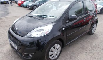 Peugeot 107 1.0 12v ( 68bhp ) Semi-A 2013.5MY Active, 5DR, H/B, BLACK MET, LOW MILES, £20 ROAD TAX, VERY CLEAN EXAMPLE full