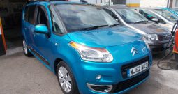 Citroen C3 Picasso 1.6VTi ( 120bhp ) EGS6 2010MY Exclusive, 5DR, H/B, BLUE MET, LOW MILES, VERY CLEAN EXAMPLE