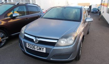 Vauxhall/Opel Astra 1.4i 16v ( a/c ) 2006.5MY Life, 5DR, H/B, SILVER MET, LOW MILES, VERY CLEAN EXAMPLE full