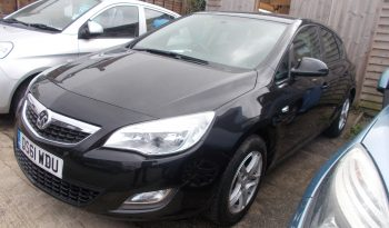 Vauxhall/Opel Astra 1.6i 16v VVT ( 115ps ) 2011.5MY Exclusiv, 5DR, H/B, BLACK MET, LOW MILES, VERY CLEAN EXAMPLE full