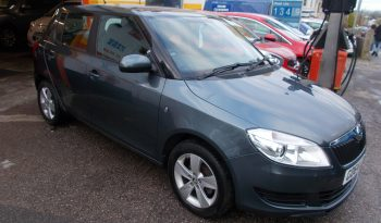 Skoda Fabia 1.2 12v ( 69ps ) 2015MY SE, 5DR, H/B, GREY MET, 35000 MILES ONLY, VERY CLEAN EXAMPLE full
