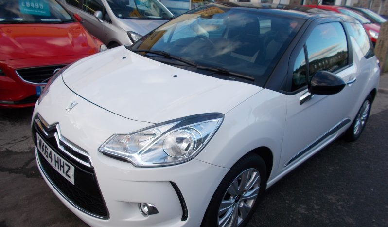 Citroen DS3 1.2 PureTech ( 82bhp ) 2014.5MY DSign Plus, 3DR, H/B, WHITE WITH BLACK ROOF, 23000 MILES ONLY, £20 ROAD TAX, VERY CLEAN EXAMPLE full