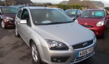 Ford Focus 1.6 2006.5MY Zetec Climate, 3DR, H/B, SILVER MET, 39000 MILES ONLY, VERY CLEAN EXAMPLE full