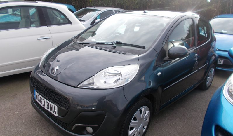 Peugeot 107 1.0 12v ( 68bhp ) 2013.5MY Active, 5DR, H/B, GREY MET, 35000 MILES ONLY, £0 ROAD TAX, VERY CLEAN EXAMPLE full
