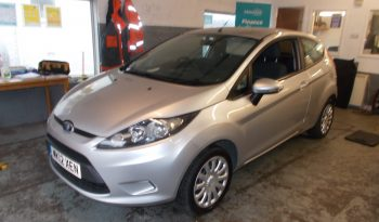 FORD FIESTA 1.25 EDGE, 3DR, H/B, SILVER MET, LOW MILES, VERY CLEAN EXAMPLE full