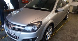 VAUXHALL ASTRA ESTATE 1.9 CDTI SRI EXTERIOR PACK, SILVER MET, LOW MILES, VERY CLEAN EXAMPLE