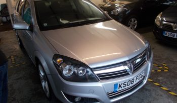 VAUXHALL ASTRA ESTATE 1.9 CDTI SRI EXTERIOR PACK, SILVER MET, LOW MILES, VERY CLEAN EXAMPLE full