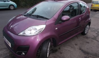 PEUGEOT 107 1.O ACTIVE, 3DR, H/B, PURPLE MET, 49000 MILES ONLY, £0 ROAD TAX, VERY CLEAN EXAMPLE full