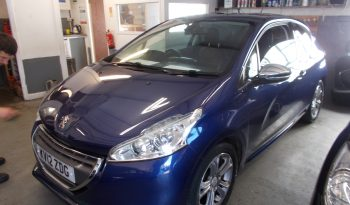 PEUGEOT 208 1.6 E-HDI ALLURE, 3DR, H/B, BLUE MET, 66000 MILES ONLY, £0 ROAD TAX, VERY CLEAN EXAMPLE full