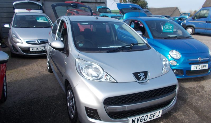 PEUGEOT 107 1.0 URBAN AUTO, 5DR, H/B, SILVER MET, 37000 MILES ONLY, £20 ROAD TAX, VERY CLEAN EXAMPLE full