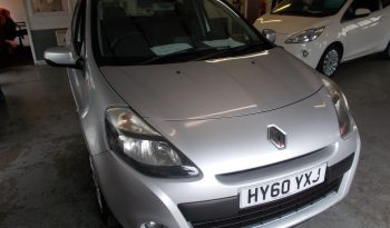 RENAULT CLIO DYNAMIQUE TOMTOM 1.5 DCI, 5DR, H/B, SILVER MET, LOW MILES, £30 ROAD TAX, VERY CLEAN EXAMPLE full